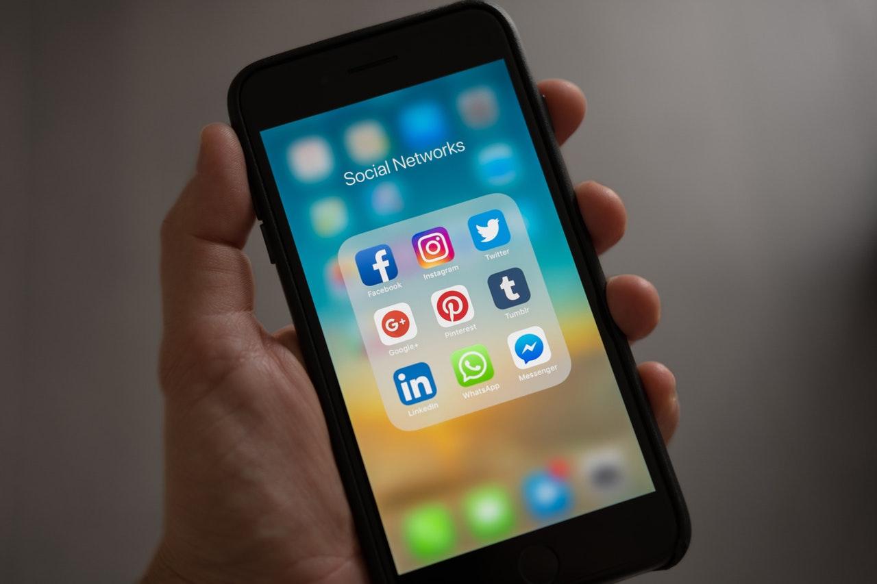 social-media-india-ask-online